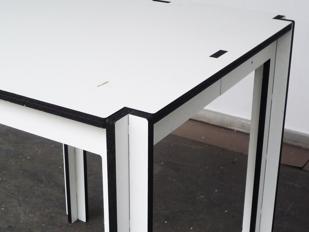 stitch table detail