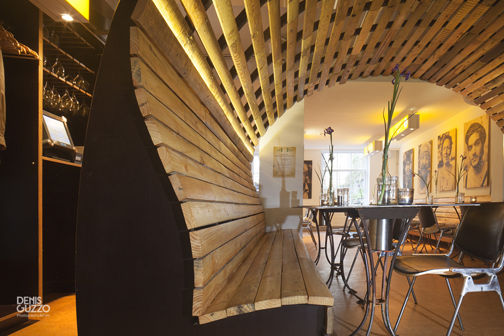Moes restaurant interior - by Superuse Studios
